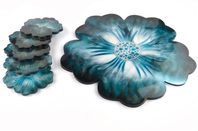 Kit Molde Bandeja y 3 Posavasos de Flores Lisas
