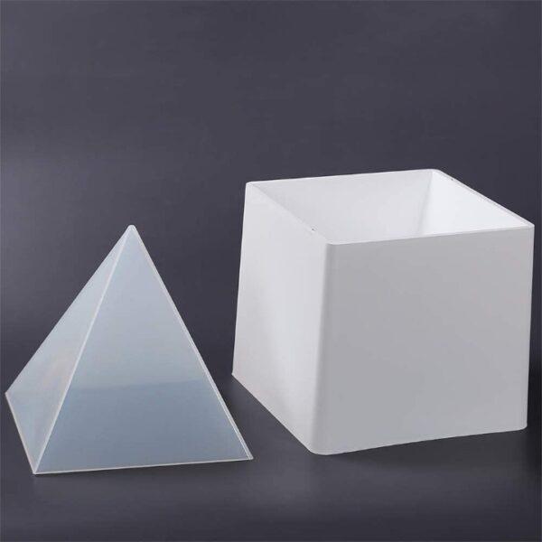 Mega Pirámide (Carcasa + 2 moldes interiores de silicona)